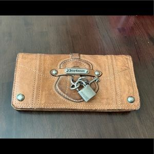 Beige Leather Lock Envelop Wallet